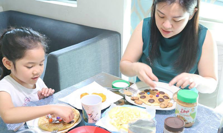"""Mommy Ginger on her own Lily's """"healthy baon recipe"""" contest at home"""